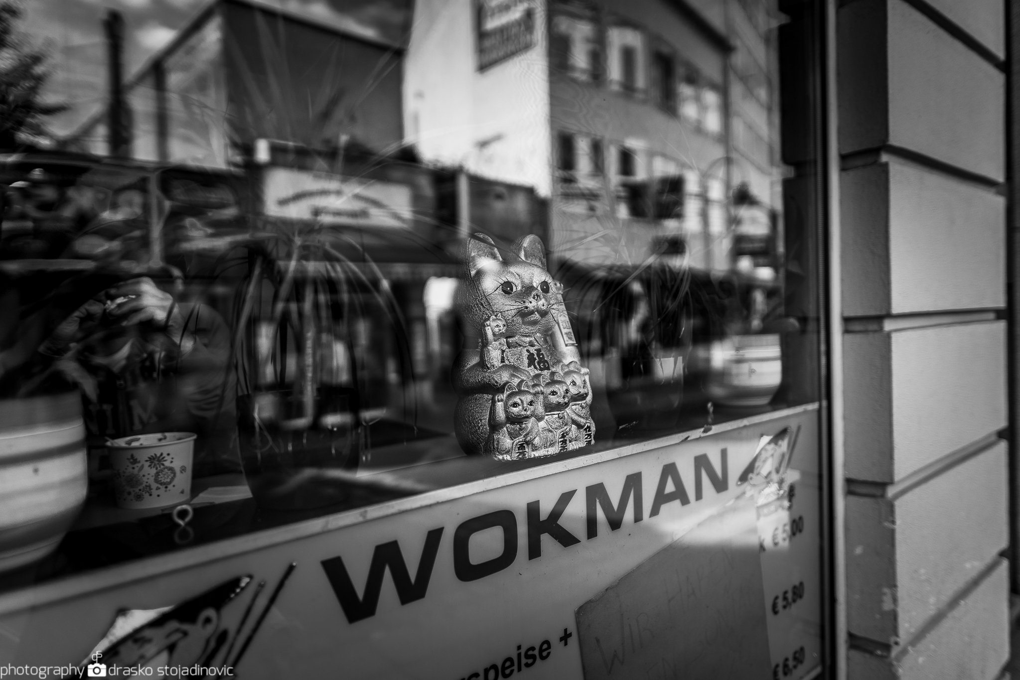 Streetphotography with the A7II and manual lenses – dsphotoblog com